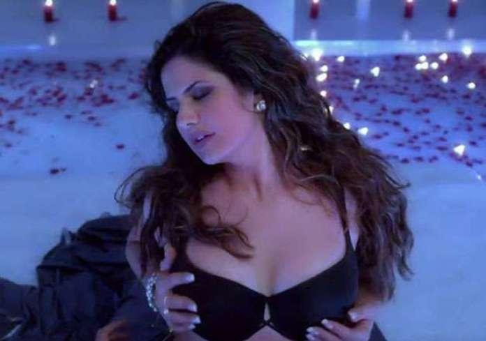 Zareen Khan sexy pics