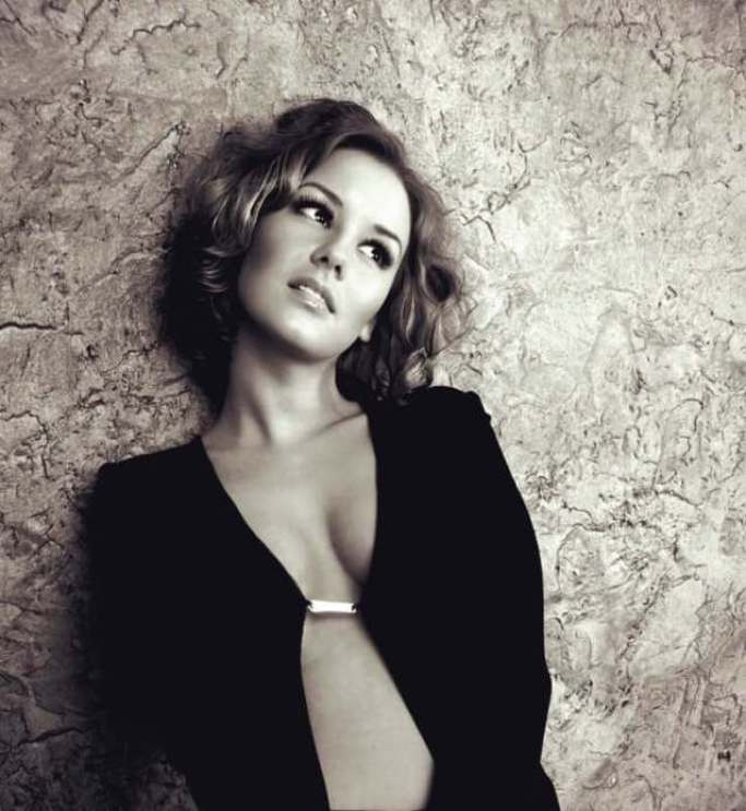 Irina Starshenbaum boobs pics