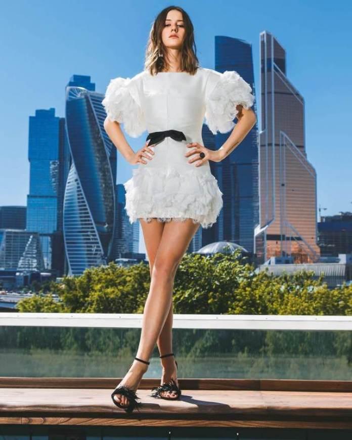 Irina Starshenbaum feet pics
