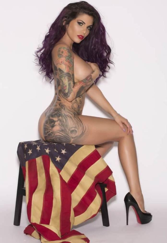 Cami-Li topless