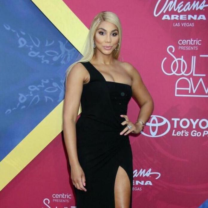 Tamar Braxton sexy looks