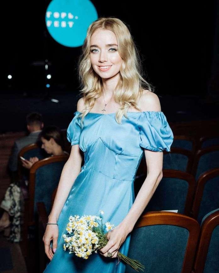 Alyona Chekhova hot