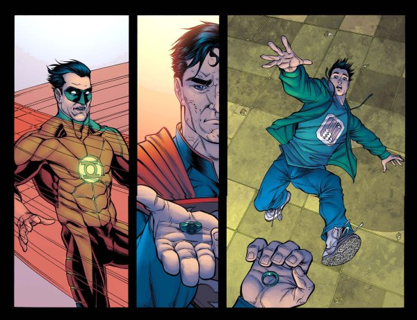 how superman beat green lantern 2