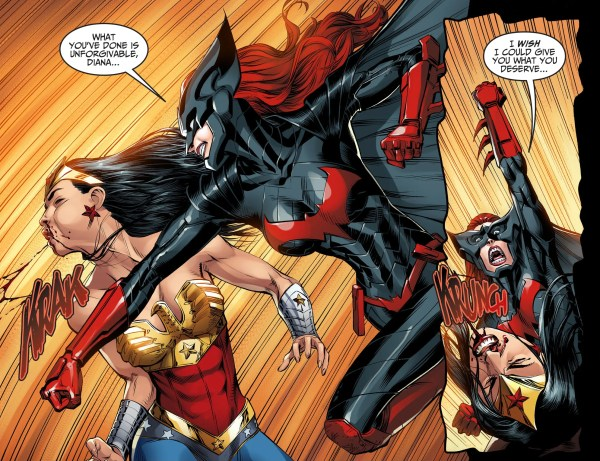 batwoman vs wonder woman (injustice gods among us)