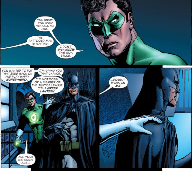 batman punches green lantern hal jordan