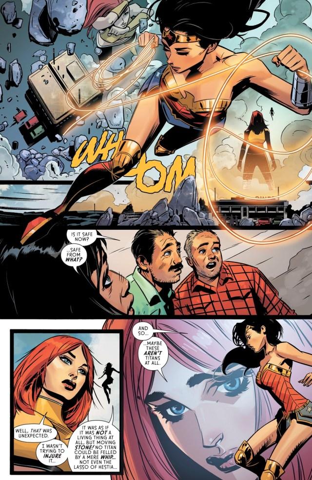 Wonder Woman And Giganta VS A Titan