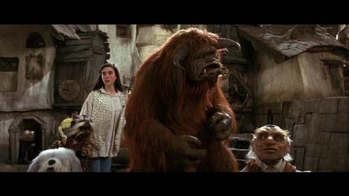 labyrinth-movie-sarah-and-friends-goblin-city