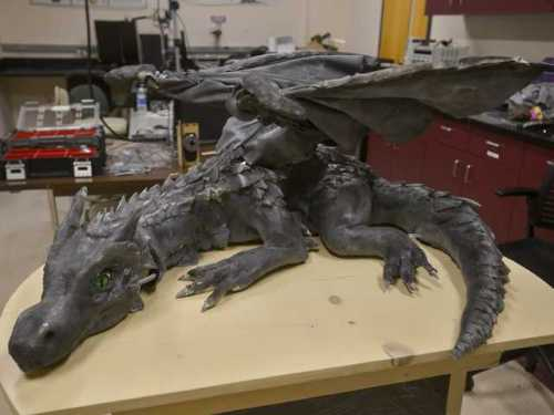 animatronic dragon kronos by brian burns