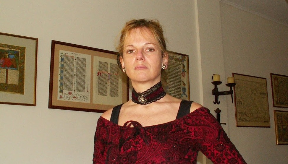 Sissy Pantelis 4