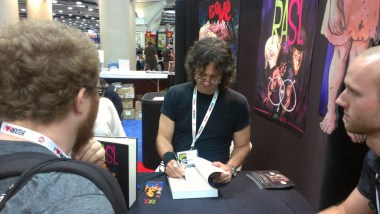 comic-con-2013-jeff-smith-signing-rasl (2)