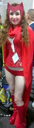 Scarlet Witch sexy cosplayer