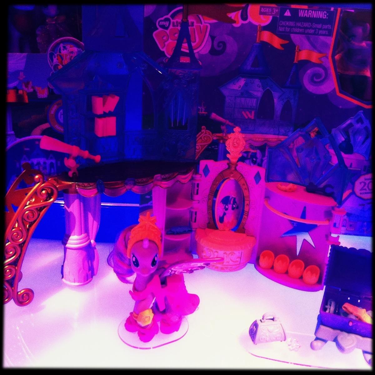 201-toyfair-hasbro5.JPG
