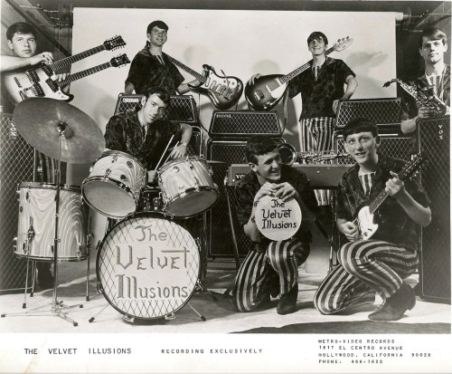 The Velvet Illusions (1966-67)