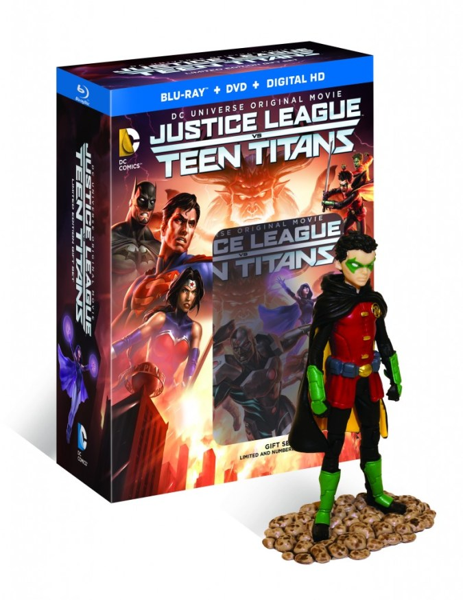 Justice League vs. Teen Titans deluxe edition Robin figure