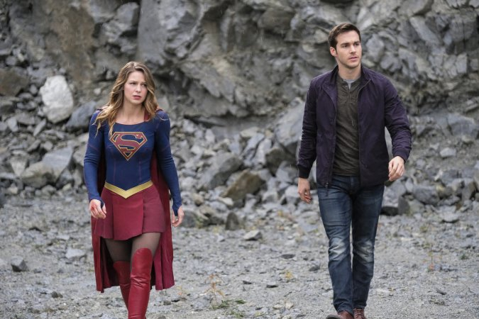 Kara (Melissa Benoist) and Mon-El (Chris Wood)