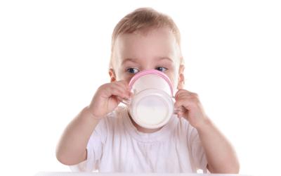 O meu bebé pode beber bebida vegetal?