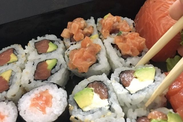 restaurante peruano Hoshi - Sushi y Cocina Japonesa