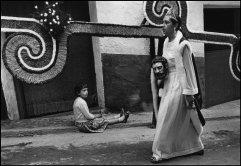 SPAIN. Morella. 1976. The heroine.
