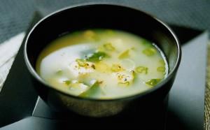Sopa Miso: la sopa que cura