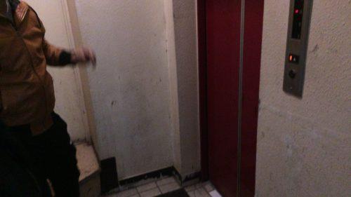 フィリピン人エレベーター