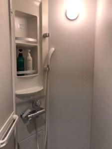 もちろんシャワールームもある!