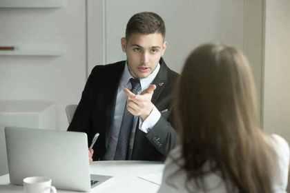 セックスや性行為をした夢の意味:上司や同僚とセックス