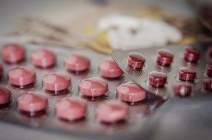撮影前と撮影後に経口避妊薬を服薬する