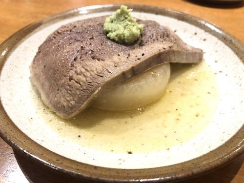 料理 茹で牛タン肉大根 いろ葉