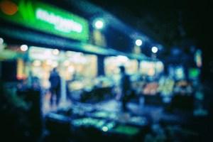 深夜営業のスーパー