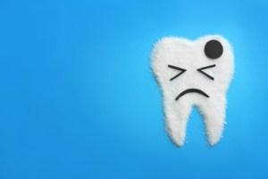 泣いてる歯