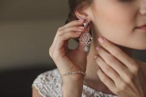 結婚式のイヤリング
