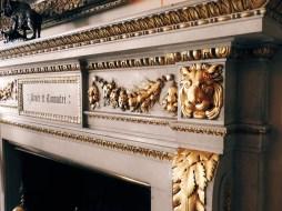 lovely gold detail