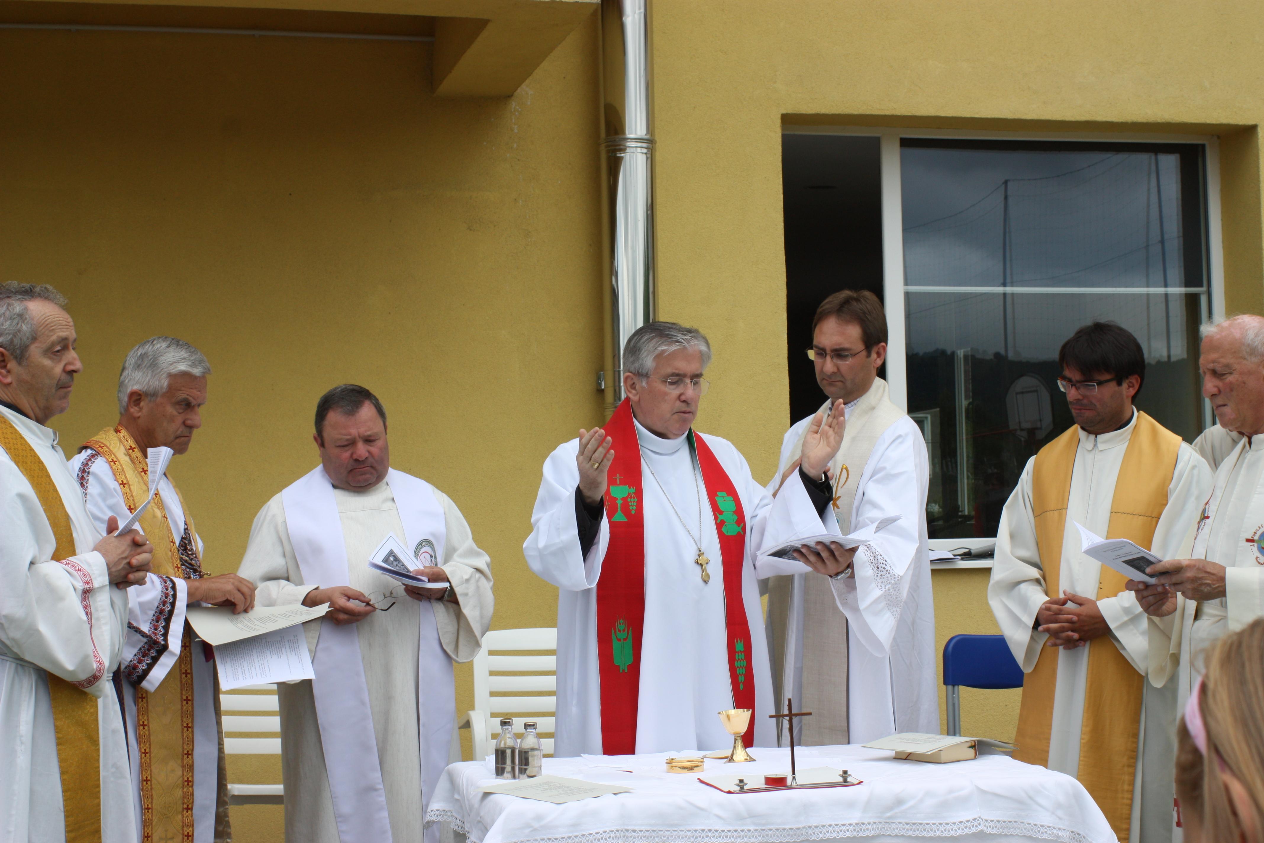 Celebrazione della messa Casa Pollicino