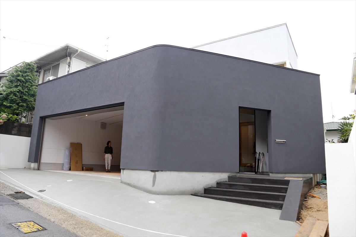 ザウスの完成見学会44 -神戸・西岡本のガレージハウス 1/6-