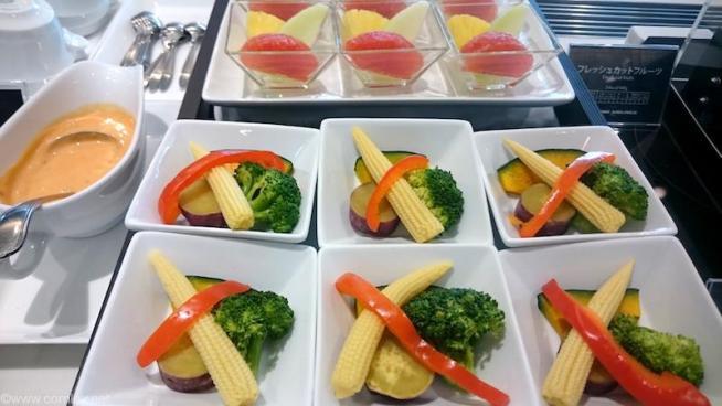 温野菜とフルーツ