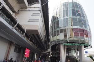 ラムカムヘン(Ramkhamhaeng)駅表玄関