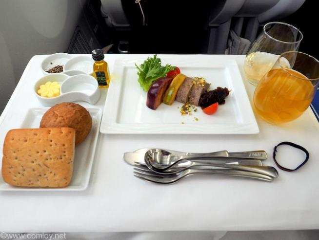 全日空 NH848 バンコクー羽田 ビジネスクラス機内食