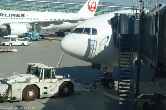 機体番号:JA711J シリーズ: B777-200 型式: Boeing777-246/ER 製造番号: 33396/533 登録: 2005/08