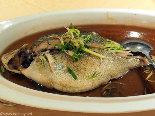 極品軒 魚の煮付け