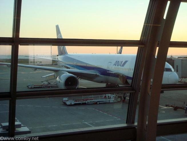 JA704A B777-200 Boeing777-281 27035/131 1998/03