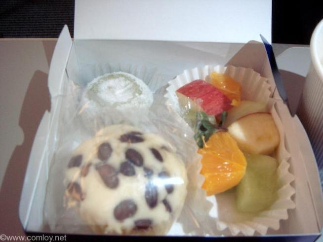 ANA241 羽田 - 福岡 プレミアムクラス機内食