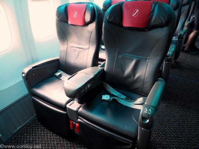 日本航空JAL903 羽田 - 那覇 クラスJ