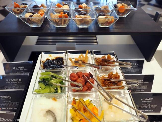 羽田空港JALファーストクラスラウンジ 漬物と煮物