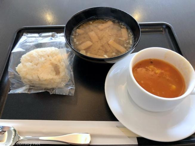 日本航空 羽田空港 ダイヤモンドプレミアラウンジ 今日の朝食
