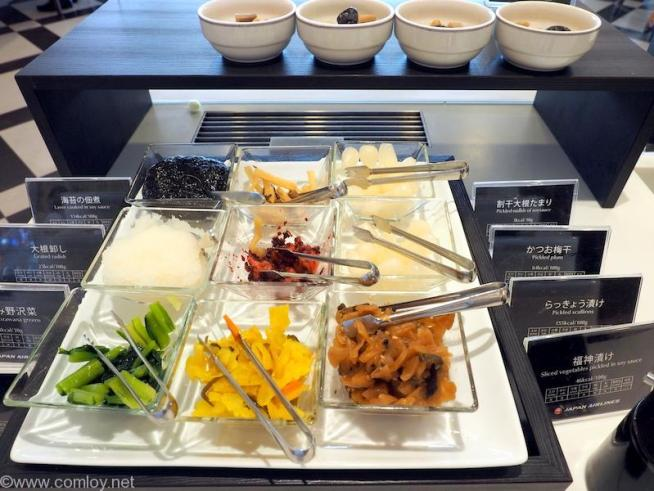 JAL First Class Lounge お漬物各種