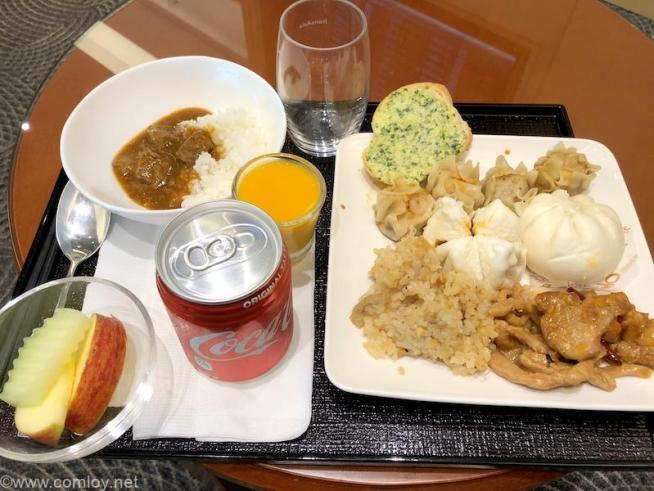 台北 日本航空 桃園空港ラウンジ(サクララウンジ)今日のお食事