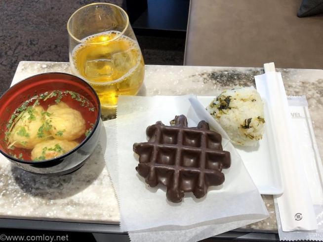 伊丹空港 ANA SUITE LOUGE 今日の軽食