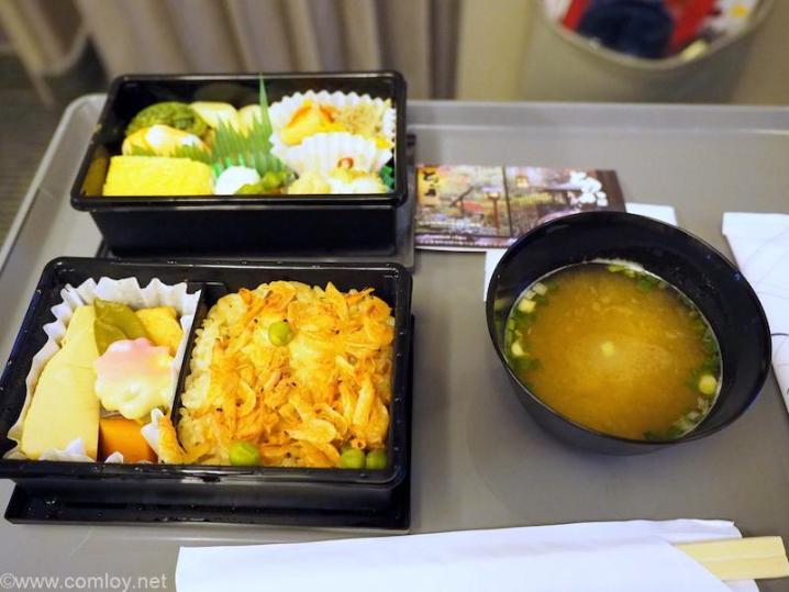 全日空 ANA428 福岡 - 伊丹 プレミアムクラス機内食
