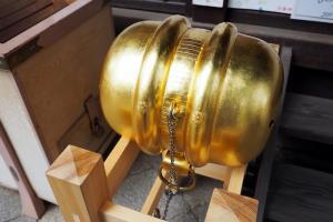 白峯神社 鞠の鈴