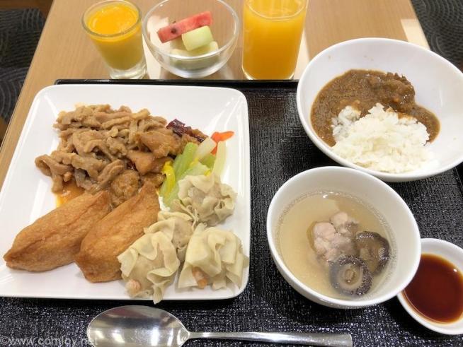 日本航空 桃園空港ラウンジ 今日の朝食